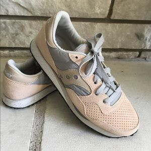 Madewell Saucony DNX Blush/Gray Sneakers